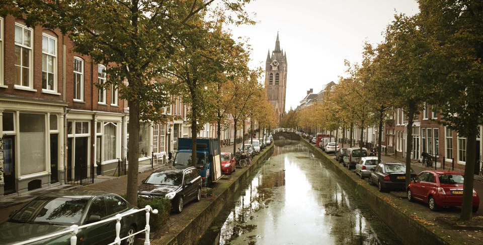 delft-canal-2