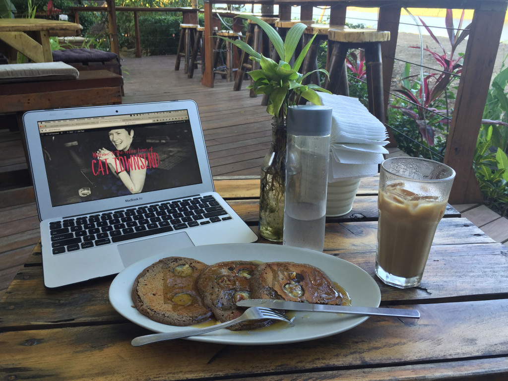 CatTownsend-blogging-in-dominical